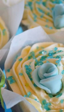 Cupcakes & Wedding Favours