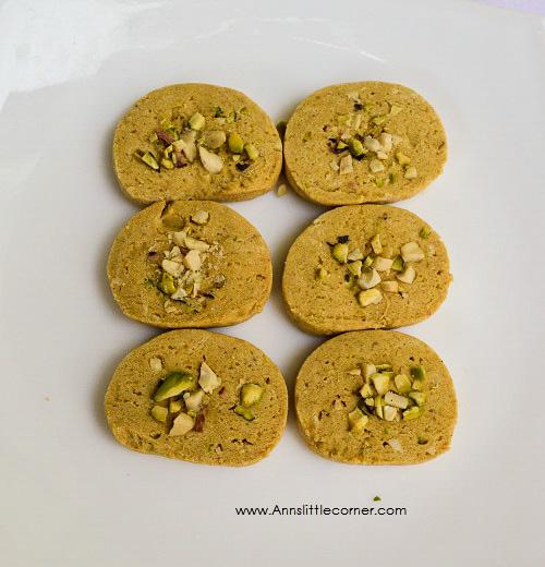 Cashew Pista Cookies