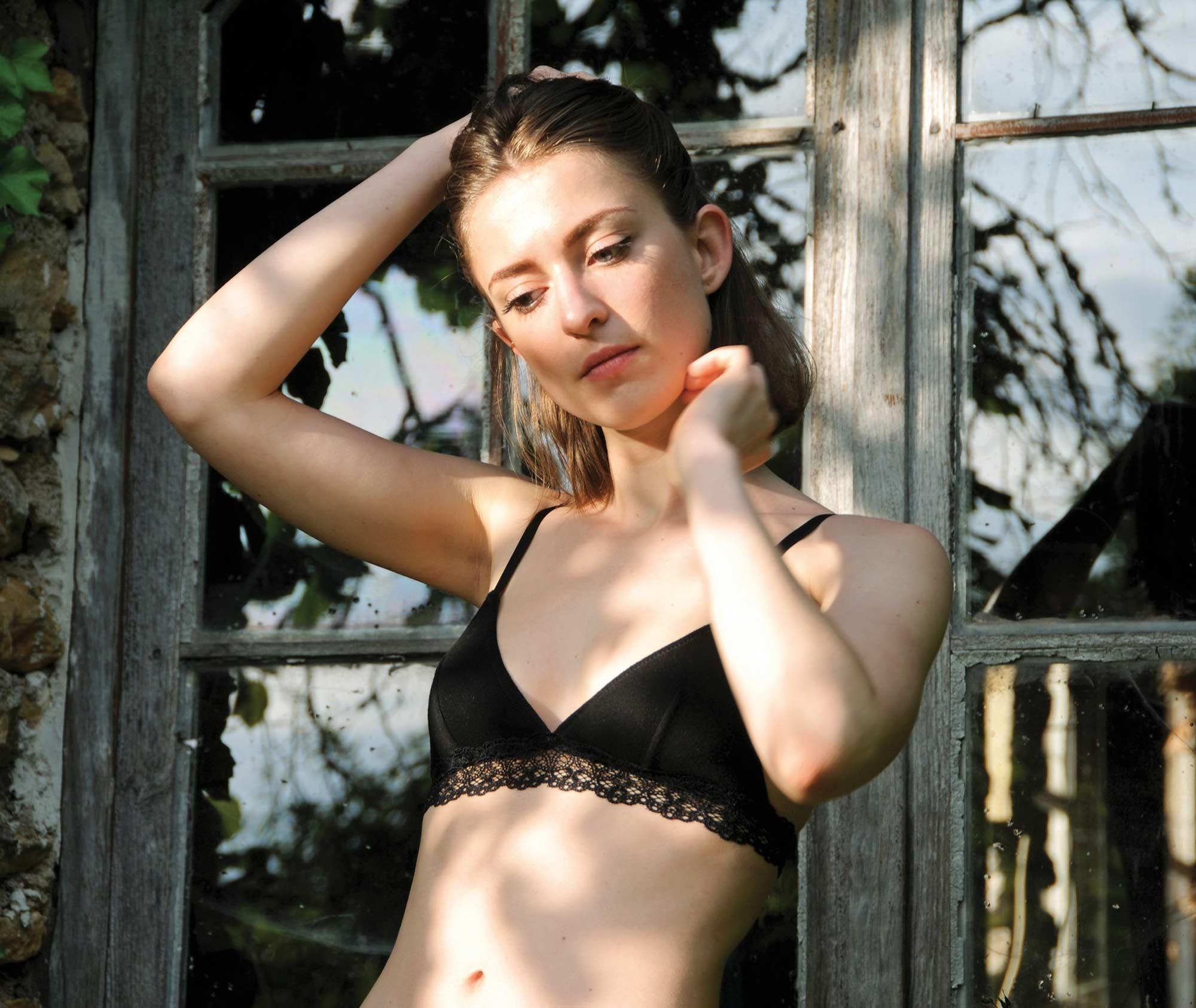 Blognroll La Lingerie De Taille • Luxe Sexy Grande WDIE2H9
