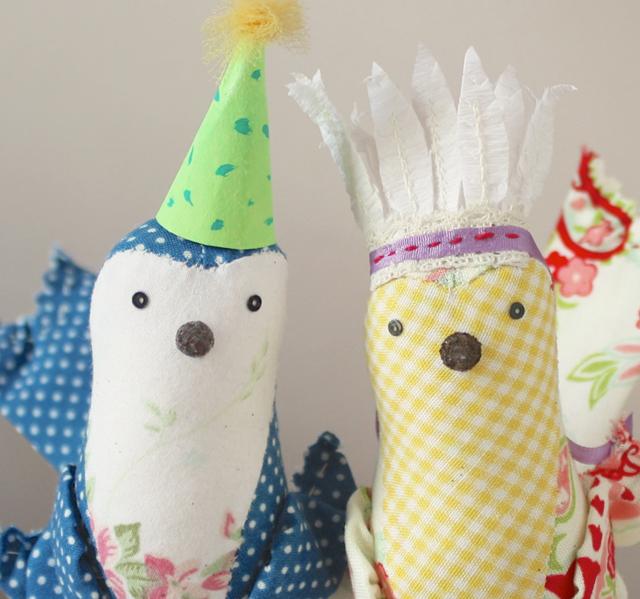party hat birds