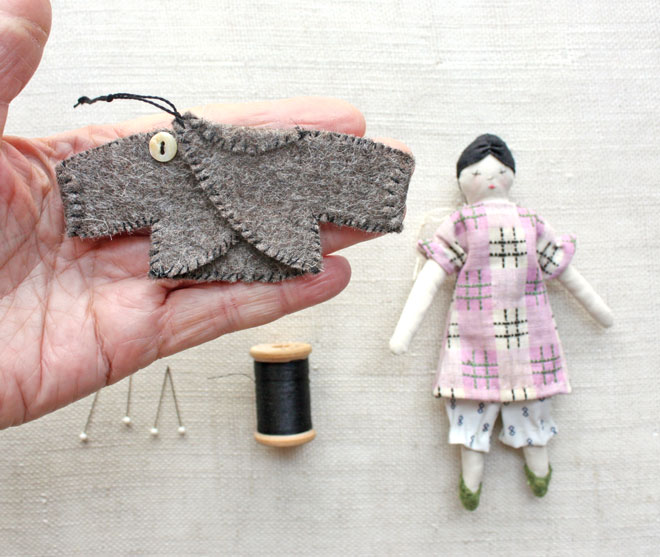 little doll jacket : a free sewing tutorial