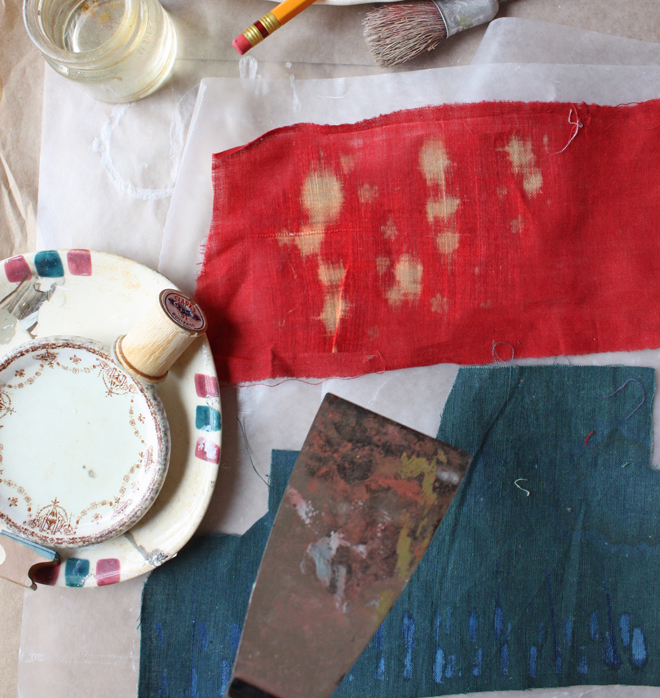 making marks on cotton fabric with bleach