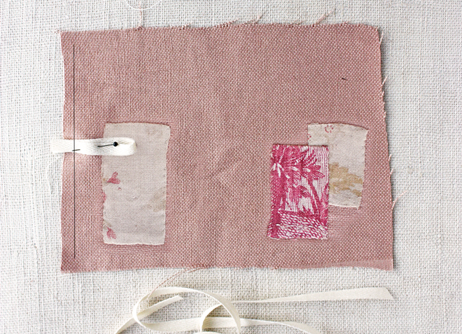 needle book : ribbon latch