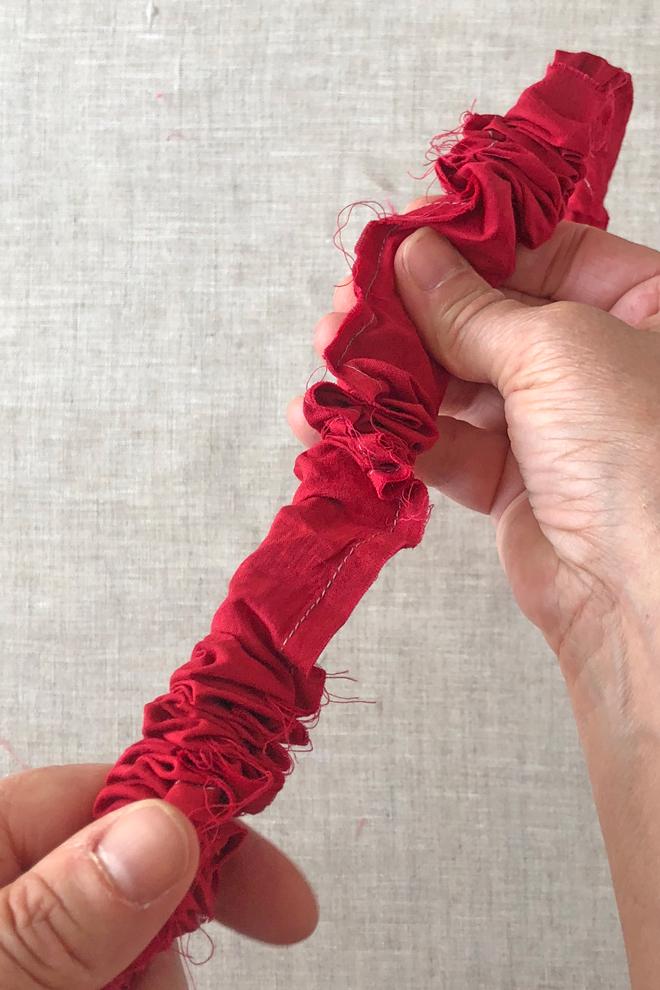 turn thin fabric tube