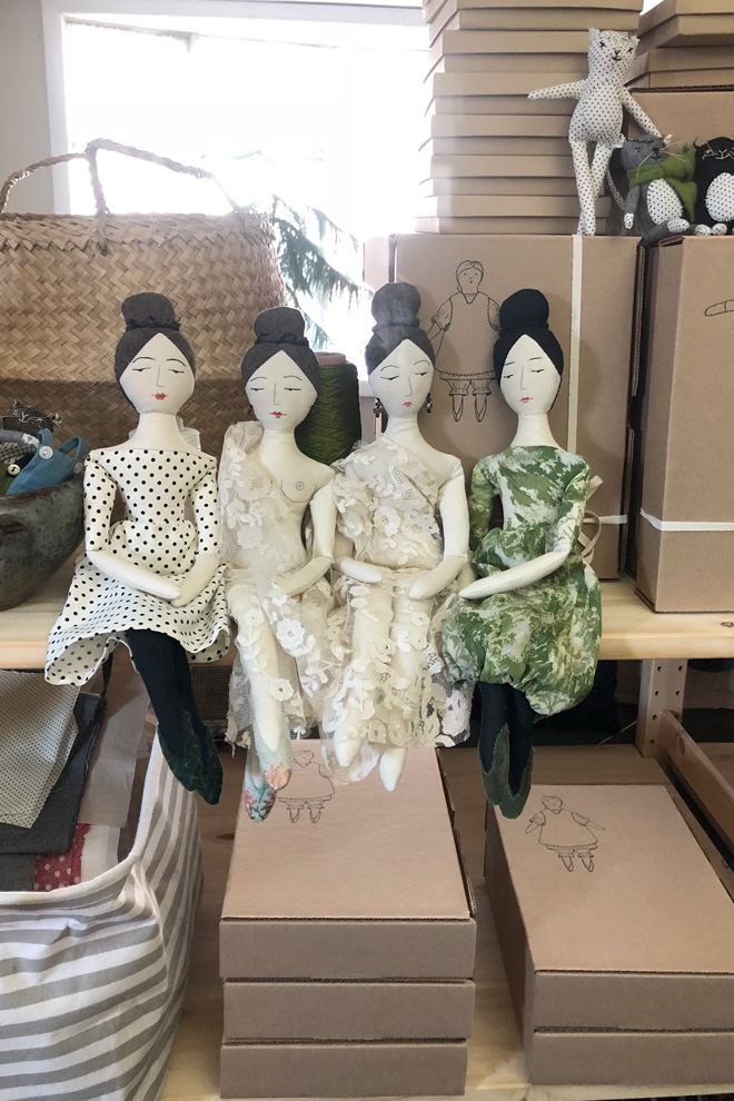 elegant and nude rag dolls