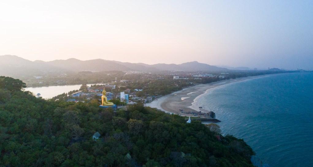 huahin-buddha-statue-sanae-beach
