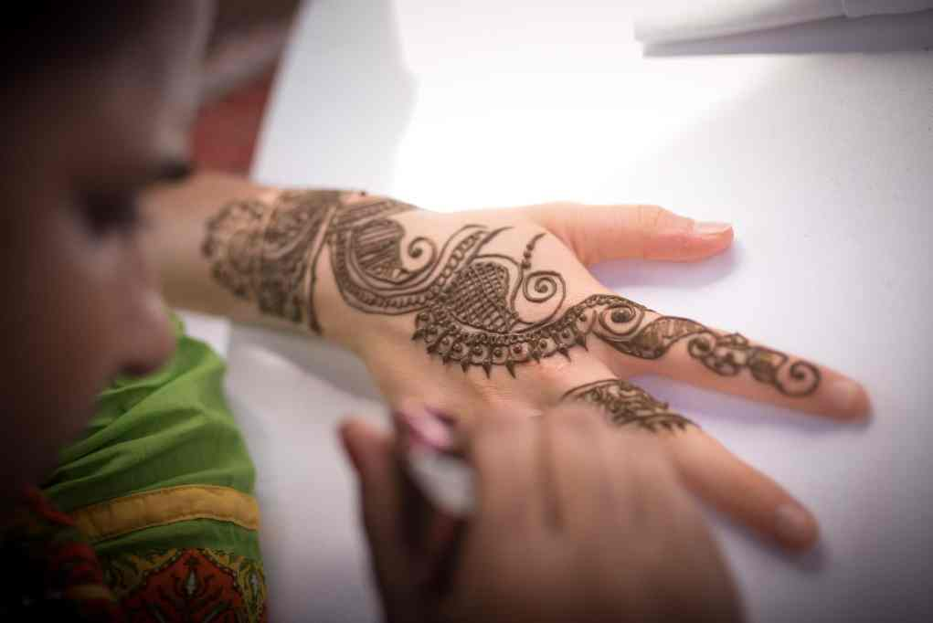 thailand-wedding-photographer-marriott-spa-resort-rayong-indian-wedding-photography-bangkok-pool-party-019