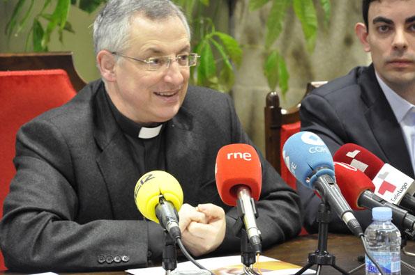 Mons. Alfonso Carrasco Rouco, obispo de Lugo y promotor de la iniciativa del Cof