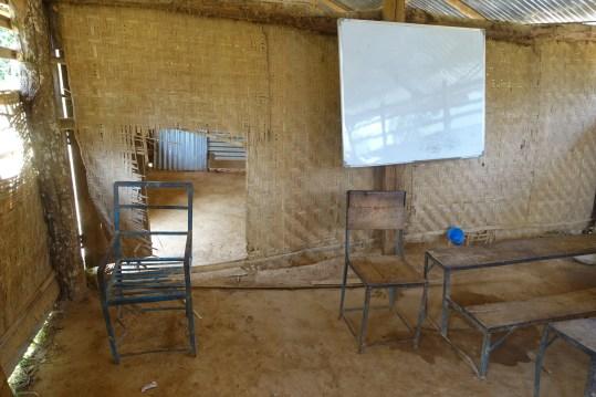 Temporary classroom in Apchaur