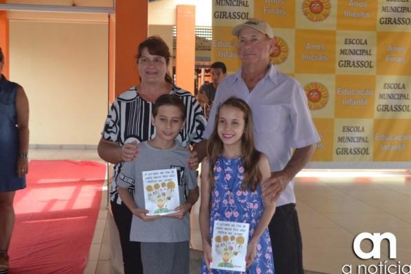 lançamento livro escola girassol (121)