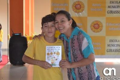 lançamento livro escola girassol (139)