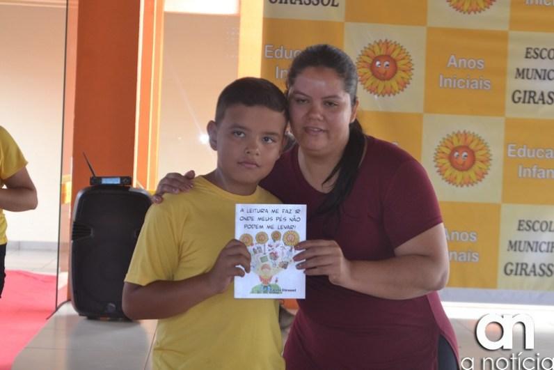 lançamento livro escola girassol (156)
