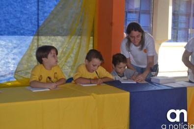 lançamento livro escola girassol (40)