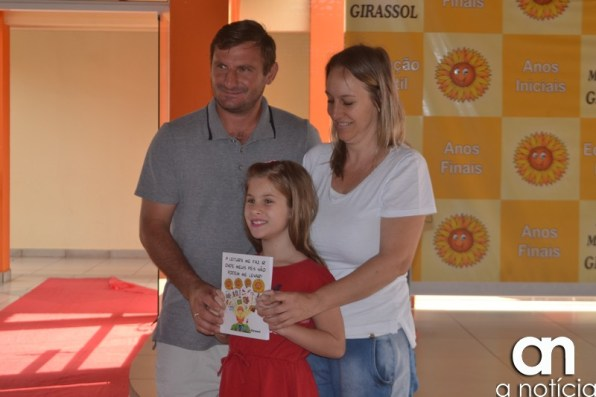 lançamento livro escola girassol (44)