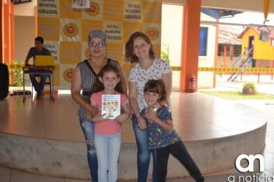 lançamento livro escola girassol (47)