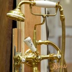 Ref. 04a - Engelse badkraan met handdouche