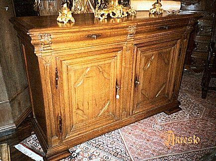 Ref. 12 - Vlaamse dressoirkast 18e eeuw