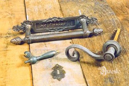 Antieke deurklinken