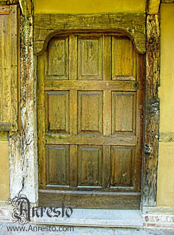 Ref. 06 – Antieke buitendeur, vakwerkhuis te koop