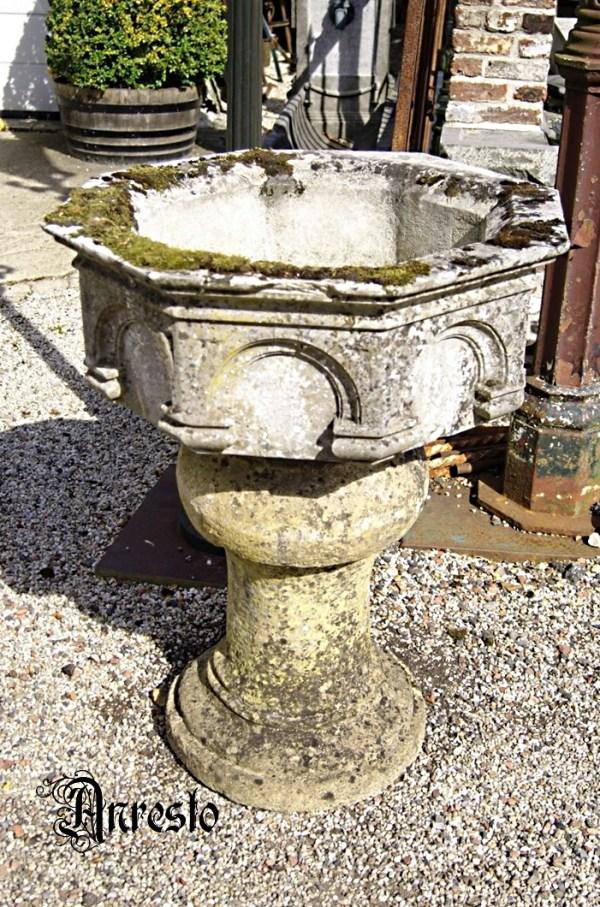 Ref. 09 – Romaanse doopvont 16de eeuws
