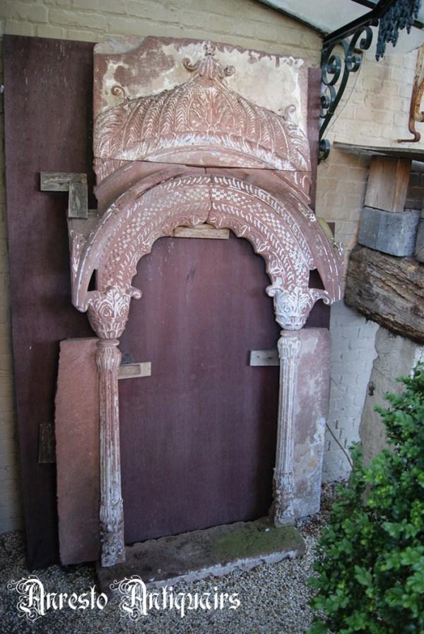 Ref. 74 – Antieke Portugese kalkzandstenen raamnis