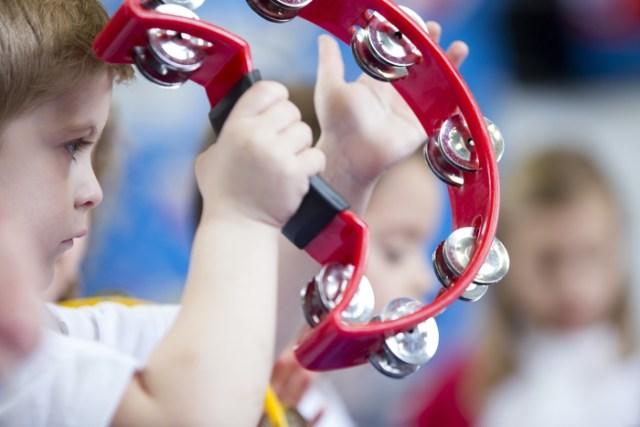 La terapia della musica aiuta i bambini autistici © ANSA/Ansa