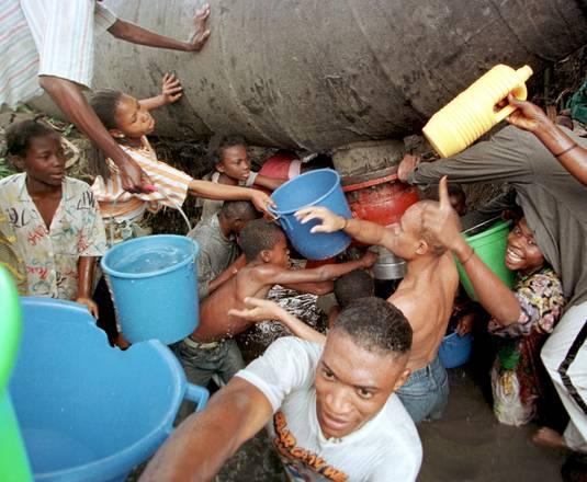 800 mln persone senza acqua potabile