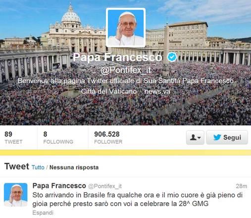 Il tweet di Francesco dall'aereo papale in volo verso Rio