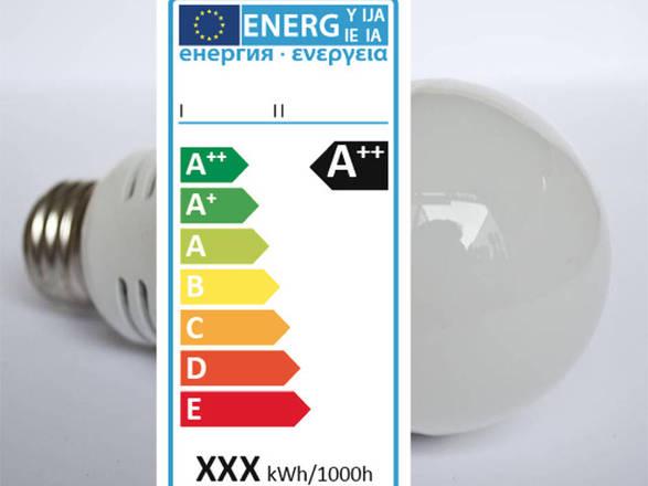 Nuova etichetta per le eco-lampadine