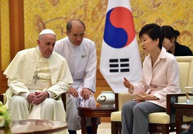 Papa Francesco in Corea del Sud (ANSA)