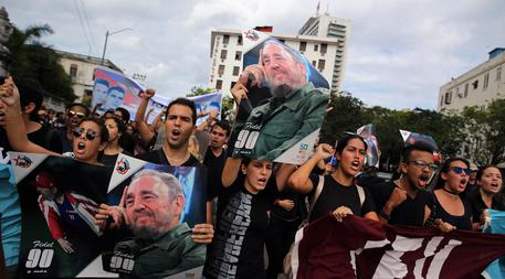 Reactions in Havana after Castro's death © EPA