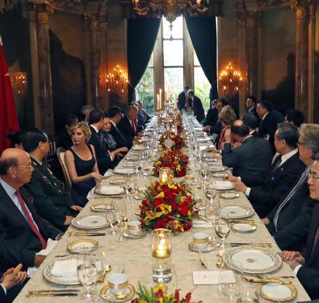 Trump e Xi Jinping la cena di gala con le first lady  Mondo  ANSAit