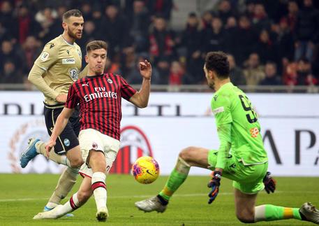 Milan-Spal, il gol di Piatek © ANSA