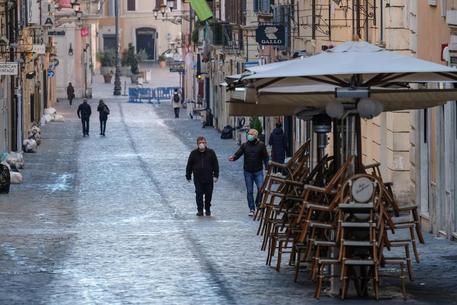 Coronavirus: Italy intensifies lockdown - English - ANSA.it