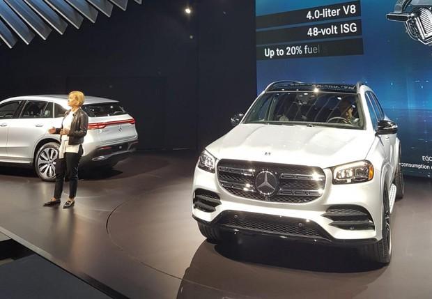 La Mercedes Gls si rinnova e diventa ancora più ammiraglia - Prove e Novità - ANSA.it