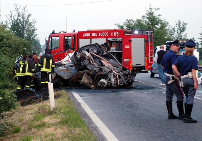 Sei morti in incidente stradale a Taranto 5 giovani vittime erano amici dinfanzia  Puglia