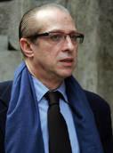 P.Berlusconi indagato,millantato credito