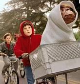 E.T., i 30 anni dell'extraterrestre piu' amato
