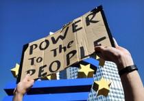 Francoforte, proteste contro la finanza davanti a sede Bce