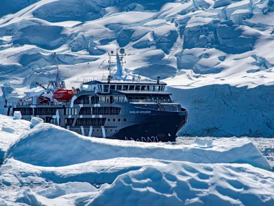 Travel on board Magellan Explorer in Antarctica, Photography by Ana Carla Martinez