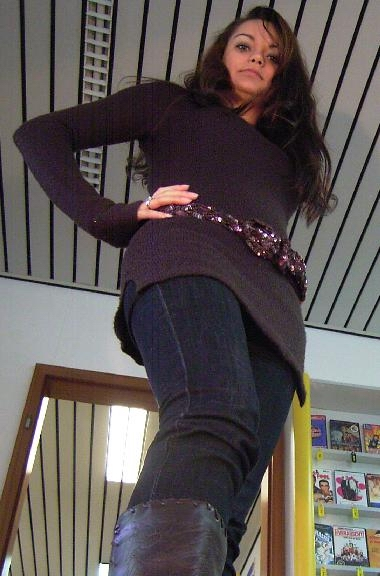 The World of POV Giantess and Shrinking  Leyla