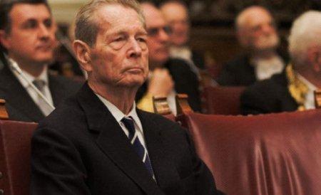 Regele Mihai nu va participa la manifestările de la Alba Iulia dedicate Zilei Naţionale