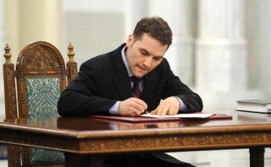 Dan Şova demisionează din funcţia de ministru al Transporturilor 418