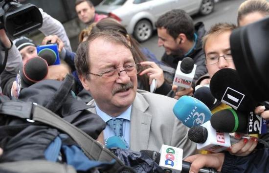 DNA a pus SECHESTRU pe averea lui Mircea Băsescu 418