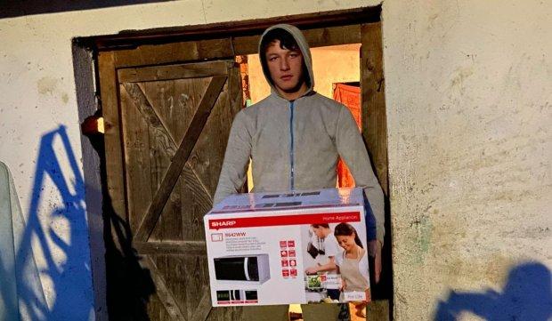 Surpriză pentru Andrei, copilul olimpic care locuieşte într-un grajd în Sălaj