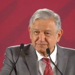 Fox y Calderón entregaron Mexicana y Aeroméxico a patrocinadores de campañas, dice AMLO