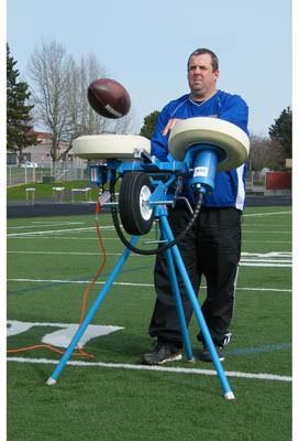 Jugs M1700 Football Passing Machine  A47278