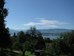 A few hold-out clouds above Lake Zurich