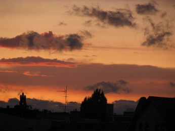 Simple yet defined clouds at sunset, Berlin.