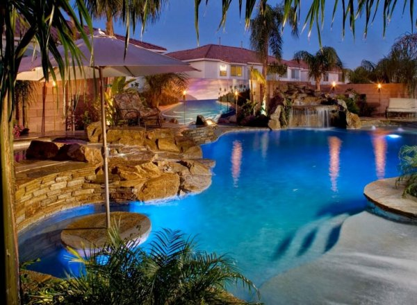 favorite luxury pool design